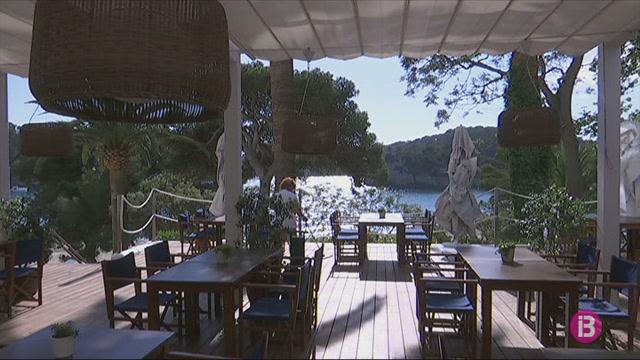 Cala+Galdana+%C3%A9s+una+de+les+primeres+zones+tur%C3%ADstiques+de+Menorca+en+obrir+la+temporada