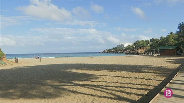Cr%C3%ADtiques+pel+retard+del+concurs+de+platges+de+Santa+Eul%C3%A0ria