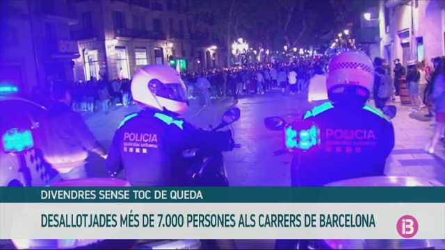 Desallotjades+m%C3%A9s+de+7.000+persones+als+carrers+i+platjes+de+Barcelona+per+incomplir+la+normativa+anticovid