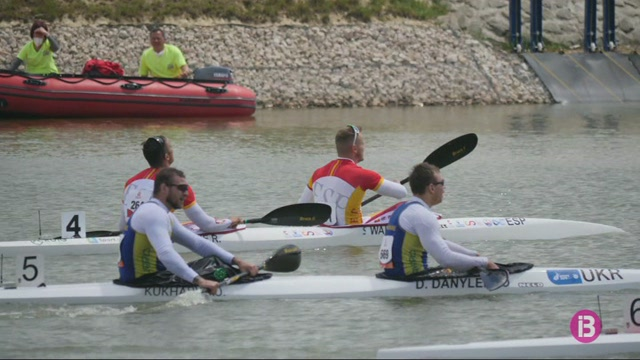 Marcus+Cooper+Walz+es+penja+la+medalla+d%27or+en+K2+500+a+la+Copa+del+M%C3%B3n+de+Szeged