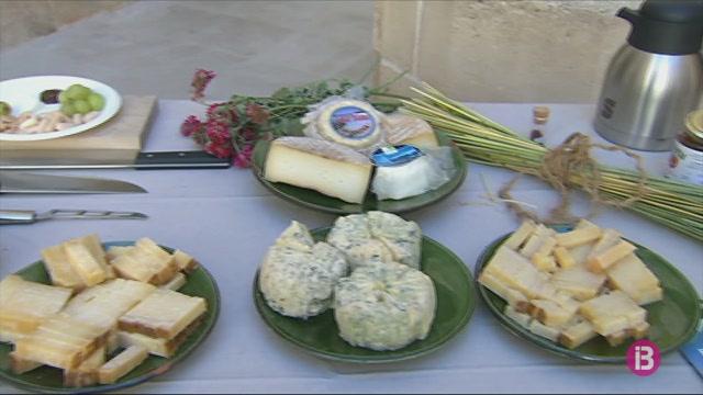 Menorca+celebra+el+Dia+Internacional+dels+Museus+amb+un+tast+sensorial+de+formatges+i+cerveses