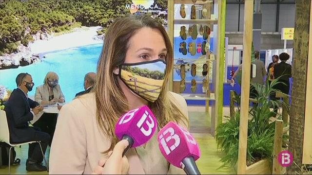 Menorca+presenta+a+FITUR+un+assistent+virtual+per+resoldre+dubtes+de+manera+instant%C3%A0nia+als+seus+visitants