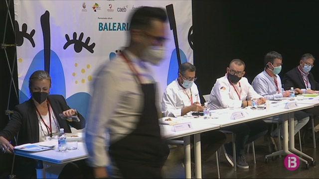 El+cuiner+Juan+Carlos+Garc%C3%ADa+guanya+la+primera+edici%C3%B3+del+concurs+Tapes+per+Menorca