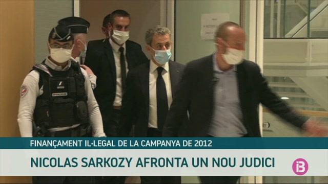 Sarkozy+afronta+un+nou+judici+pel+finan%C3%A7ament+il%C2%B7legal+de+la+campanya+electoral+de+2012
