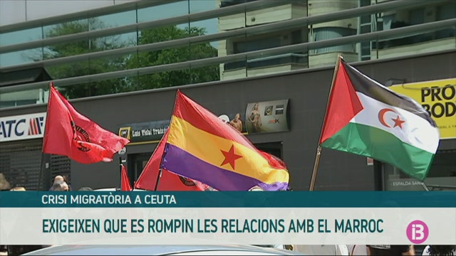 Un+grup+de+persones+exigeixen+a+Palma+que+Espanya+rompi+les+relacions+amb+el+Marroc