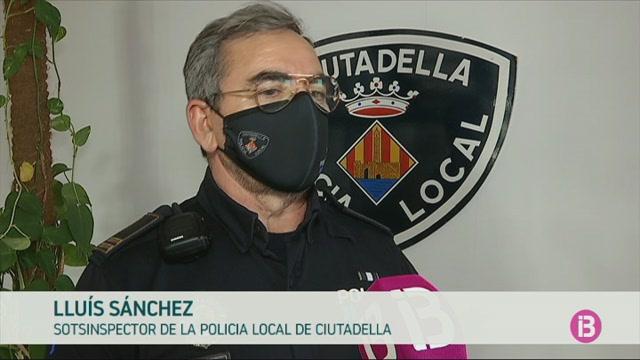 Policia+de+Ciutadella+i+ve%C3%AFns+diuen+que+Cinquagesma+s%27est%C3%A0+vivint+de+forma+tranquil%C2%B7la