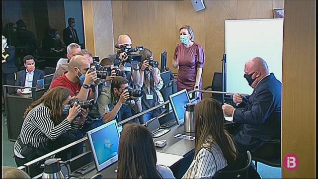 Villarejo+confirma+que+s%26apos%3Bintercanviava+missatges+de+text+amb+Mariano+Rajoy