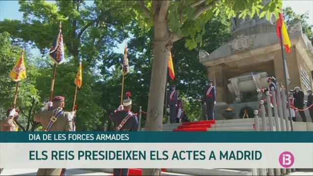Els+reis+han+presidit+els+actes+pel+Dia+de+les+Forces+Armades+a+Madrid