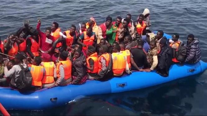 769+immigrants+han+estat+rescatats+per+Salvament+Mar%C3%ADtim+entre+en+manco+de+12+hores