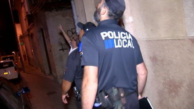 La+Policia+Nacional+i+la+Patrulla+Verda+atenen+les+demandes+dels+ve%C3%AFns+els+caps+de+setmana