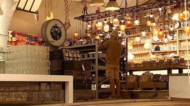 M%C3%A9s+comer%C3%A7os+i+negocis+oberts+a+Eivissa+en+la+segona+fase