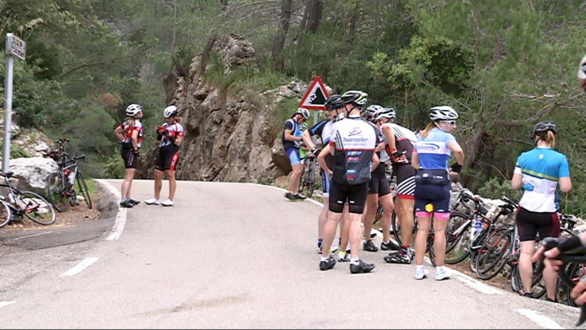 Dos+ciclistes%2C+ferits+lleus+en+xocar+entre+ells
