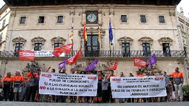 Els+treballadors+de+les+grues+municipals+de+Palma%2C+en+peu+de+guerra