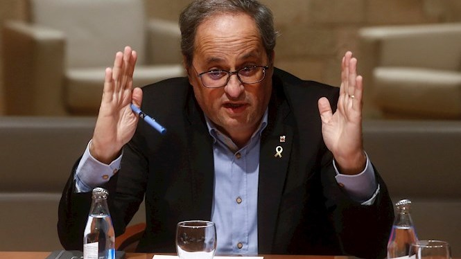 El+secretari+general+del+Parlament+de+Catalunya+ordena+retirar+l%27esc%C3%B3+a+Torra