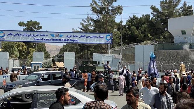El+Govern+afgan%C3%A8s+col%C2%B7lapsa+i+tornen+els+talibans