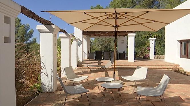 Els+inversors+estrangers+segueixen+cercant+cases+de+luxe+a+Eivissa
