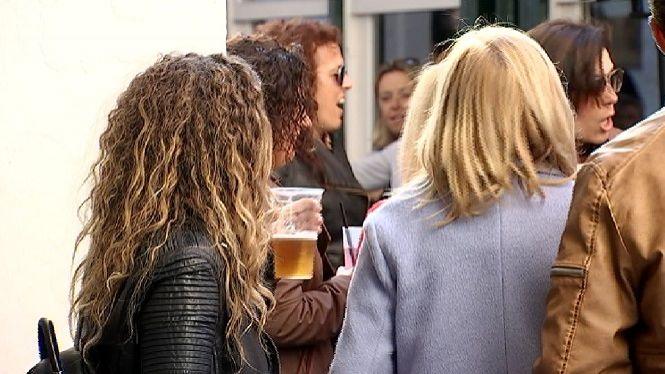 El+Consell+avisa%3A+els+joves+prenen+exemple+del+consum+d%27alcohol+i+xarxes+socials+dels+adults