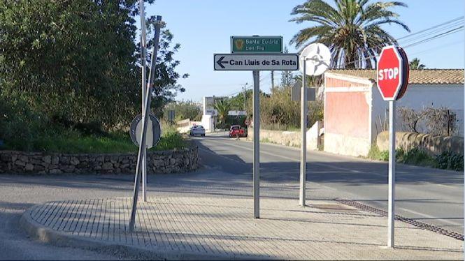 La+Gu%C3%A0rdia+Civil+investiga+dos+robatoris+amb+armes+a+Eivissa