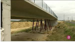 Decret+a+mida+del+Govern+per+esbucar+les+pol%C3%A8miques+rotondes+a+doble+nivell+de+Menorca