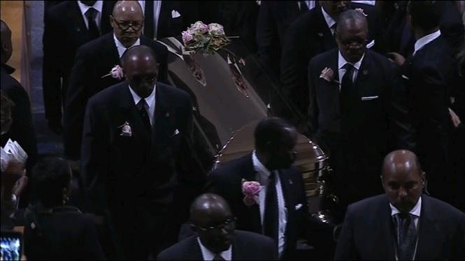 Emoci%C3%B3+i+m%C3%BAsica+al+funeral+de+la+reconeguda+cantant+Aretha+Franklin