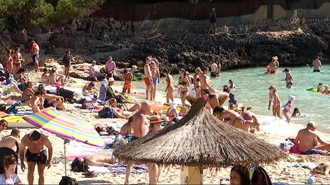 Les+ganes+de+platja+no+afluixen+el+darrer+cap+de+setmana+de+setembre