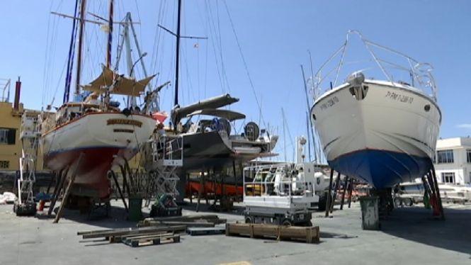 Taxa+per+reparar+les+embarcacions+en+s%C3%B2l+portuari
