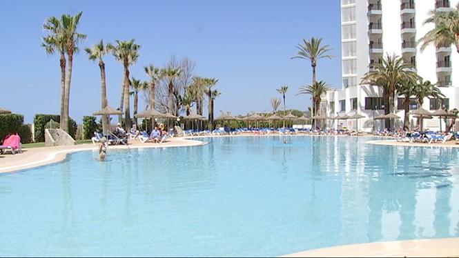 En+nom%C3%A9s+unes+hores+es+produeixen+dos+incidents+amb+menors+a+dues+piscines+de+Mallorca