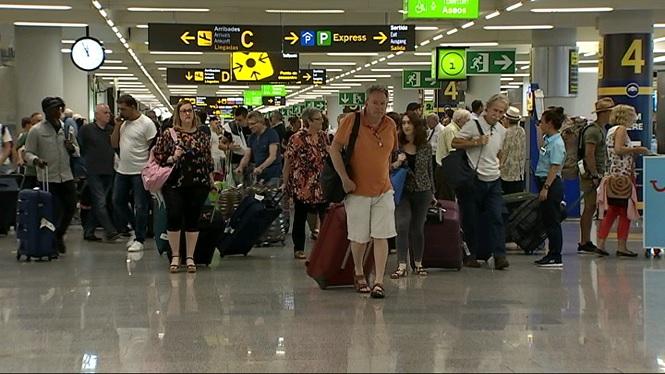 M%C3%A9s+de+3.200+avions+passaran+pels+aeroports+de+les+Illes+entre+avui+i+dem%C3%A0
