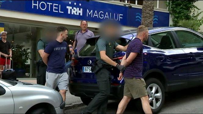 Un+jove+rep+quatre+ganivetades+en+un+hotel+de+Magaluf