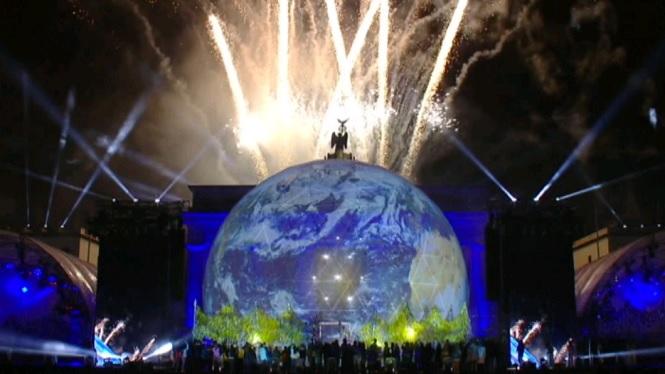 La+Porta+de+Brandenburg+concentra+els+darrers+actes+del+30%C3%A8+aniversari+de+la+caiguda+del+Mur+de+Berl%C3%ADn