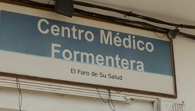 El+Centre+M%C3%A8dic+Formentera+oferir%C3%A0+les+proves+PCR+amb+una+mostra+de+saliva+a+75+euros