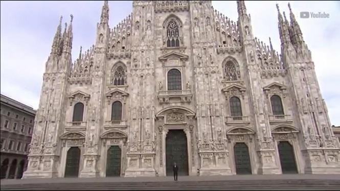 Andrea+Bocelli+fa+un+concert+a+la+catedral+completament+buida+de+Mil%C3%A0