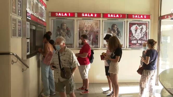 Els+cinemes+es+recuperen+despr%C3%A9s+del+trasbals+de+la+pand%C3%A8mia