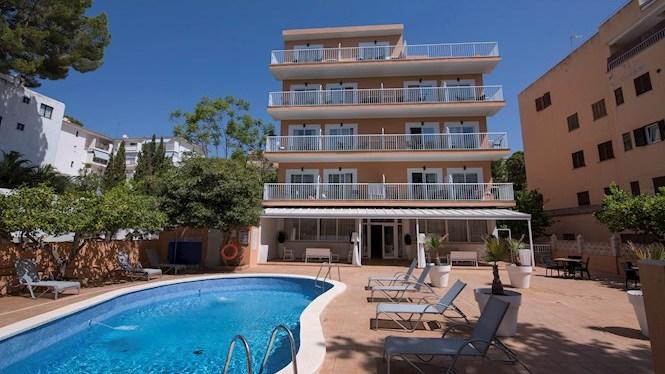 Hotels+tancats+a+l%27agost%3A+els+efectes+de+la+quarentena+al+Regne+Unit
