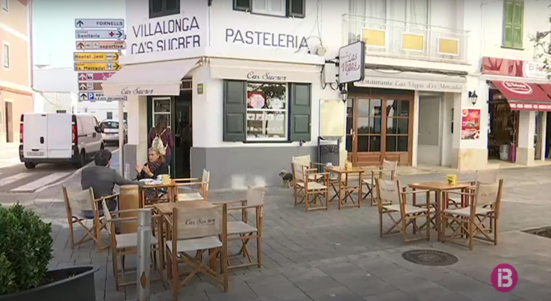 Els+bars+i+restaurants+de+Menorca+amb+terrassa+comencen+a+reobrir+amb+menys+personal