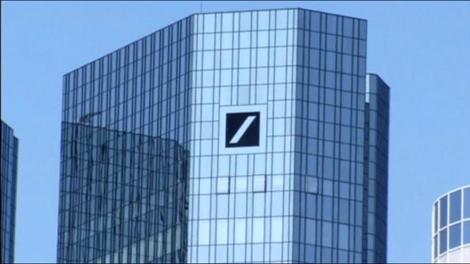 El+Deutsche+Bank+retallar%C3%A0+18.000+llocs+de+feina