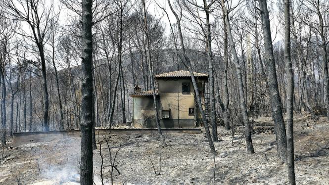 L%27incendi+de+Llutxent%3A+2.857+hect%C3%A0rees+cremades+i+2.600+persones+evacuades