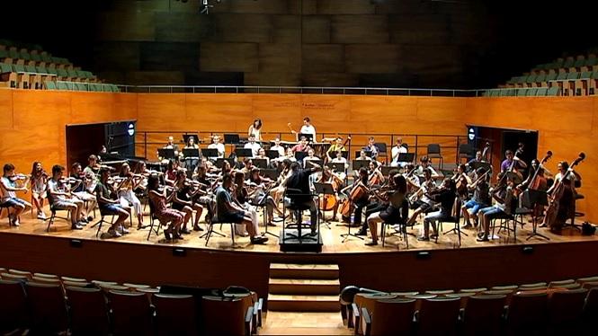 M%C3%BAsics+illencs+de+conservatori+conviuen+una+setmana+per+aprendre+a+treballar+en+una+orquestra