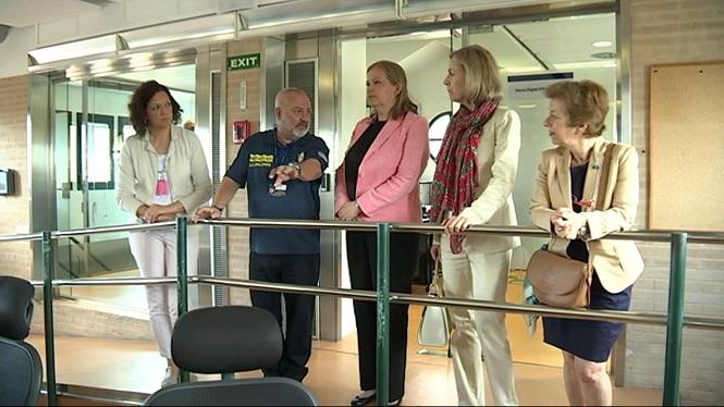 La+Ministra-Consellera+de+l%27Ambaixada+de+Noruega+visita+les+instal%C2%B7lacions+de+l%27112
