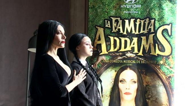 Una+novedosa+i+gamberra+Fam%C3%ADlia+Addams+arriba+a+Palma+en+format+com%C3%A8dia+musical
