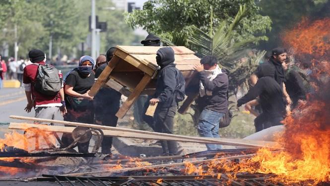 Tres+morts+arran+dels+aldarulls+a+Xile