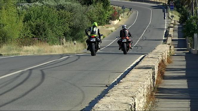 Estellencs+i+Banyalbufar+demanen+mesures+contundents+contra+la+massificaci%C3%B3+de+motos+a+la+carretera