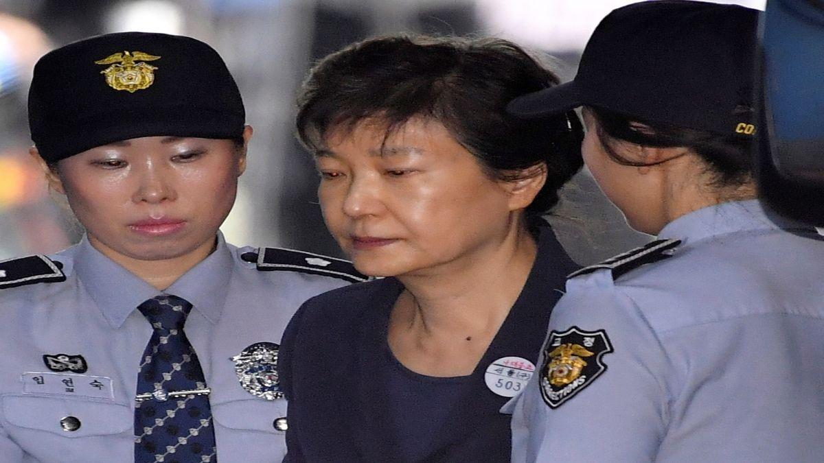 L%27expresidenta+de+Corea+del+Sud+ha+estat+condemnada+a+25+anys+de+press%C3%B3+per+corrupci%C3%B3