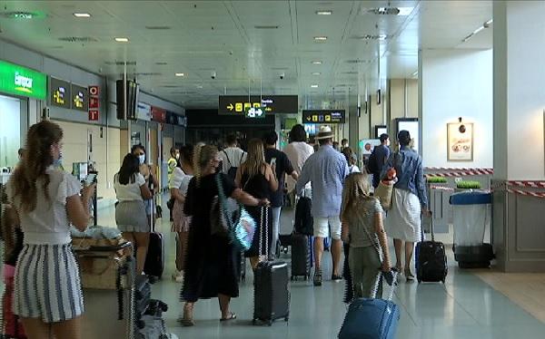 La+Federaci%C3%B3+Hotelera+de+les+Piti%C3%BCses+creu+que+ja+nom%C3%A9s+queda+per+aprofitar+el+turisme+nacional