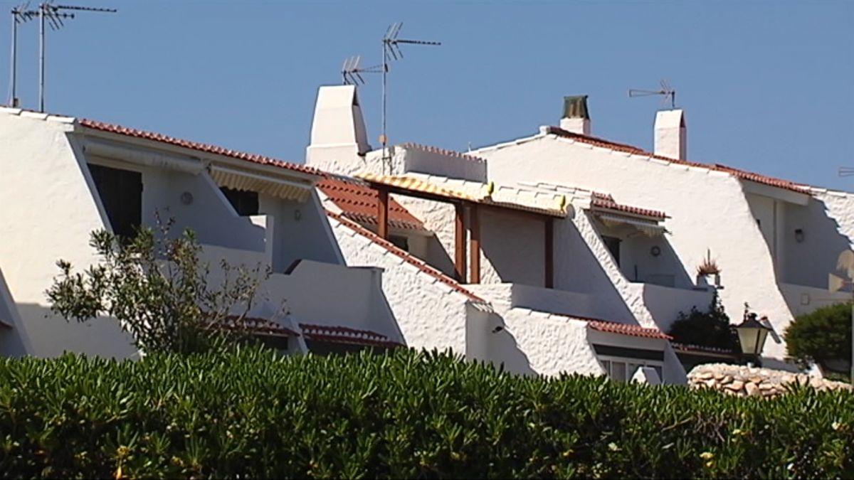El+Consell+de+Menorca+es+marca+com+a+prioritat+reconvertir+els+apartaments+tur%C3%ADstics+obsolets