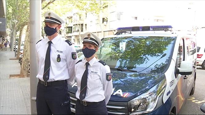 Dos+policies+alemanys+col%C2%B7laboren+amb+la+Policia+Nacional