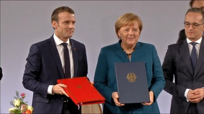Fran%C3%A7a+i+Alemanya+signen+el+Tractat+d%27Aquisgr%C3%A0+per+enfortir+les+relacions