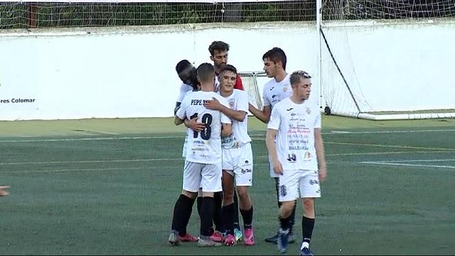 La+Penya+Esportiva+enceta+la+pretemporada+golejant+el+Formentera
