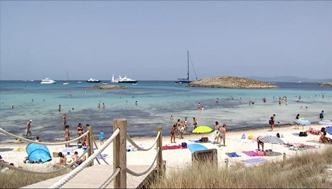 %26%238216%3BDescobreix+Formentera+a+l%27octubre%27+anima+els+turistes+a+venir+despr%C3%A9s+de+l%27estiu