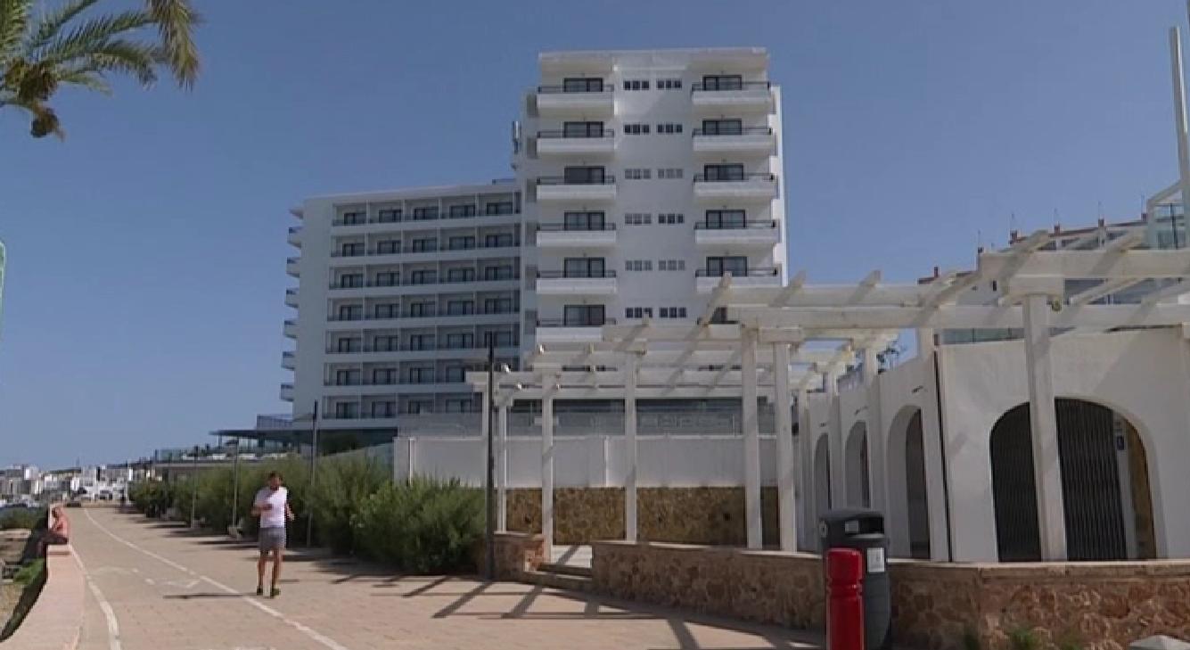 Dos+hotels+de+Sant+Antoni+no+obriran+per+les+cancel%C2%B7lacions+del+mercat+brit%C3%A0nic